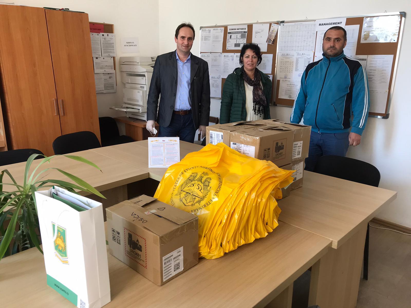 USAMV Slatina donează tablete liceenilor din mediul rural, care au rezultate bune la învăţătură