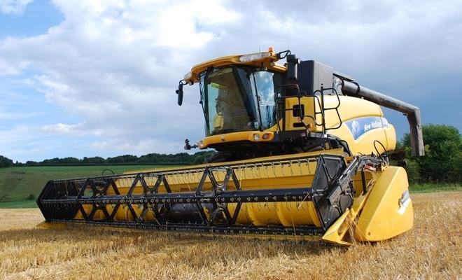 Credite bancare, garantate de subvenţia agricolă. APIA Olt a început eliberarea adeverinţelor