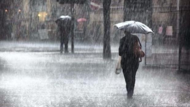 Alertă de vreme rea. Oltul, sub cod galben de ploi, vijelii şi grindină