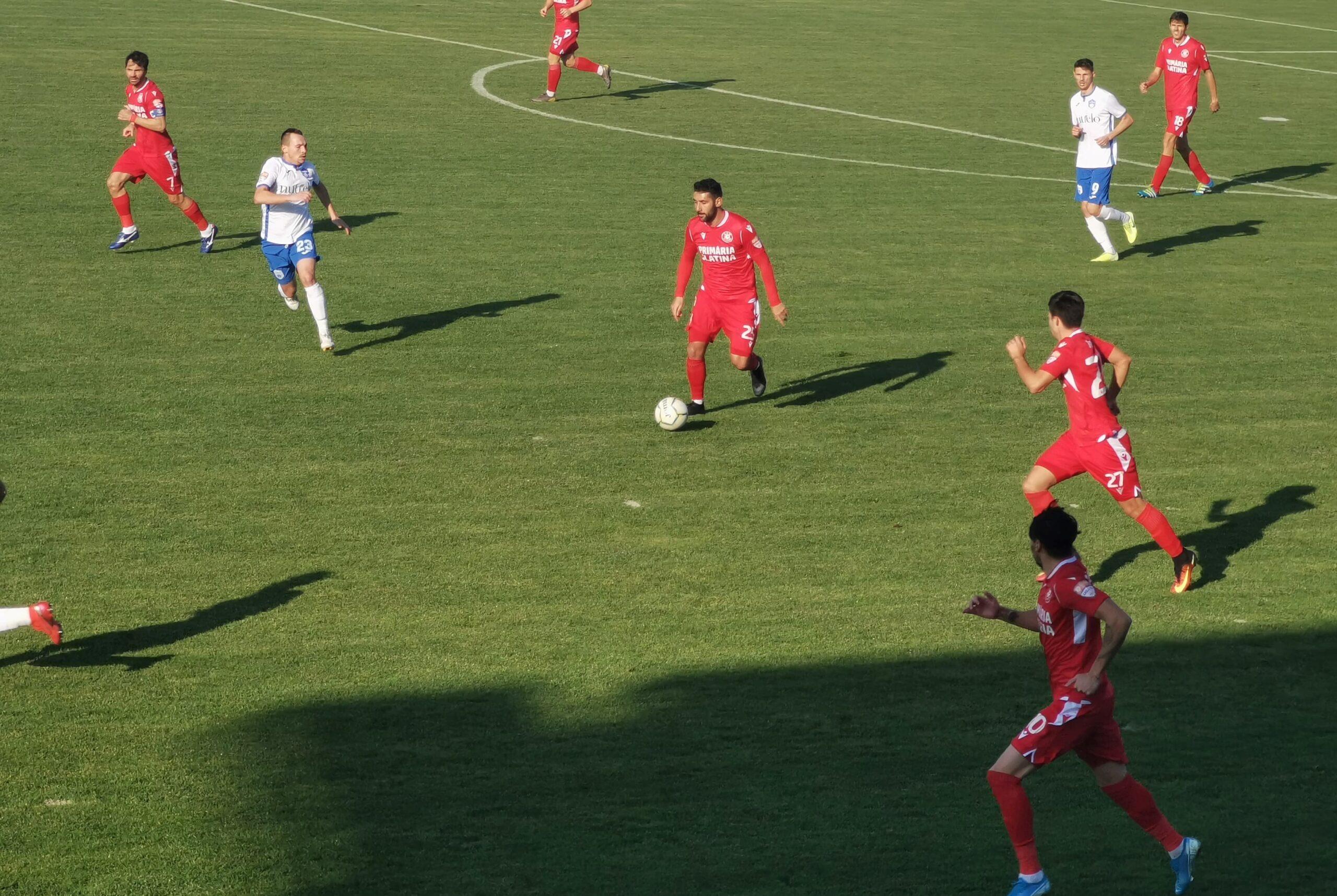 CSM Slatina, victorie mare în Liga a II-a. Slătinenii au învins, în ultimul meci de acasă, din acest an, o altă echipă ce aspiră la promovare